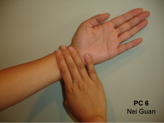 How to locate and hold acupressure points balanceflow locate acupressure point three fingers solutioingenieria Gallery